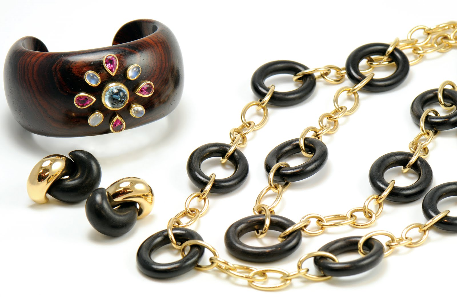 Trend Alert Wood Gold Jewelry kiss the ring new york